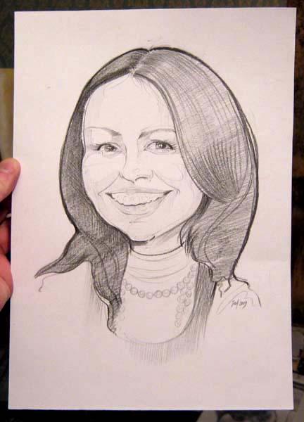 Рисунок карандашом улыбающейся девушки Шаржист Михаил Шабалин, шаржист Мишель